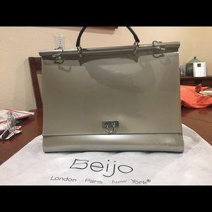 Beijo Messenger bag